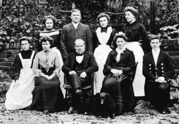 Servants at Linley Wood in 1905